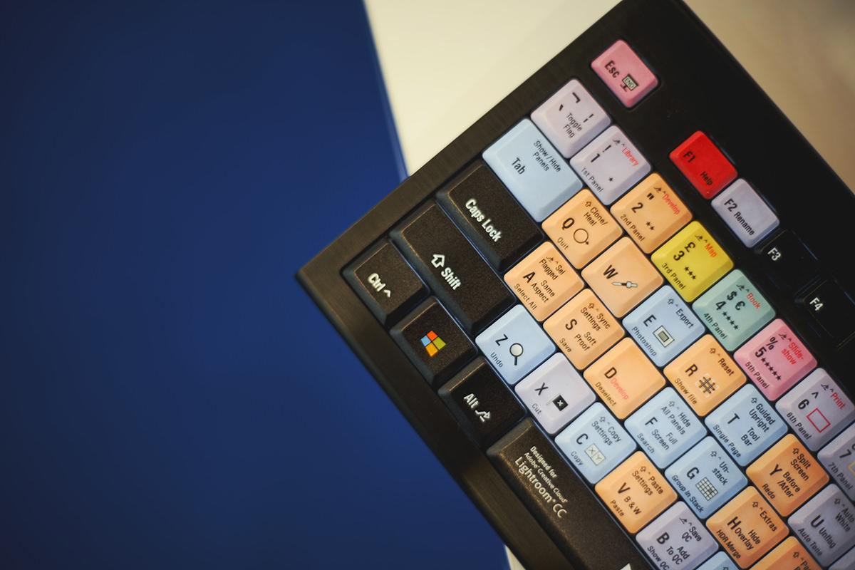 XXI Targi sprzętu fotograficznego stoisko Wacom klawiatura