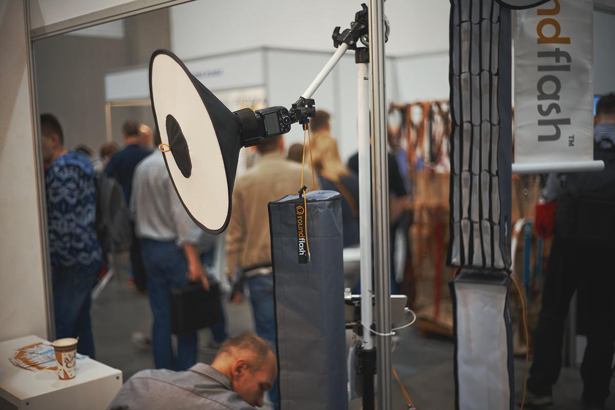 roundflash na XXI Targi sprzętu fotograficznego