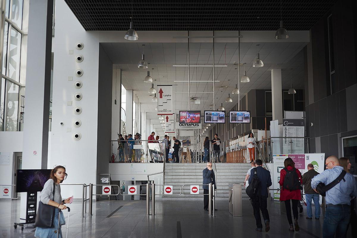 wejście na XXI targi foto video w Łodzi