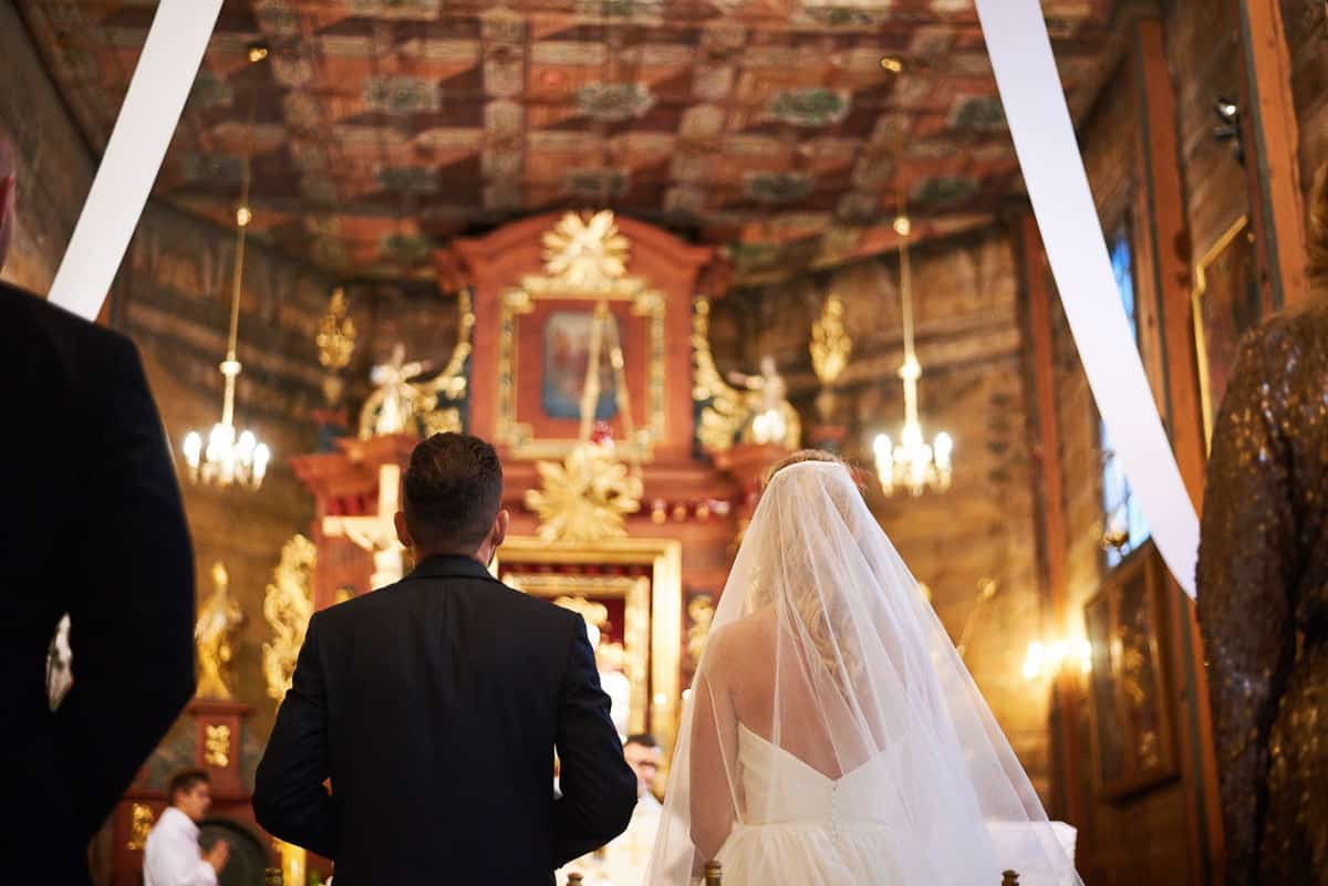 ślub w modlnicy widok na ołtarz