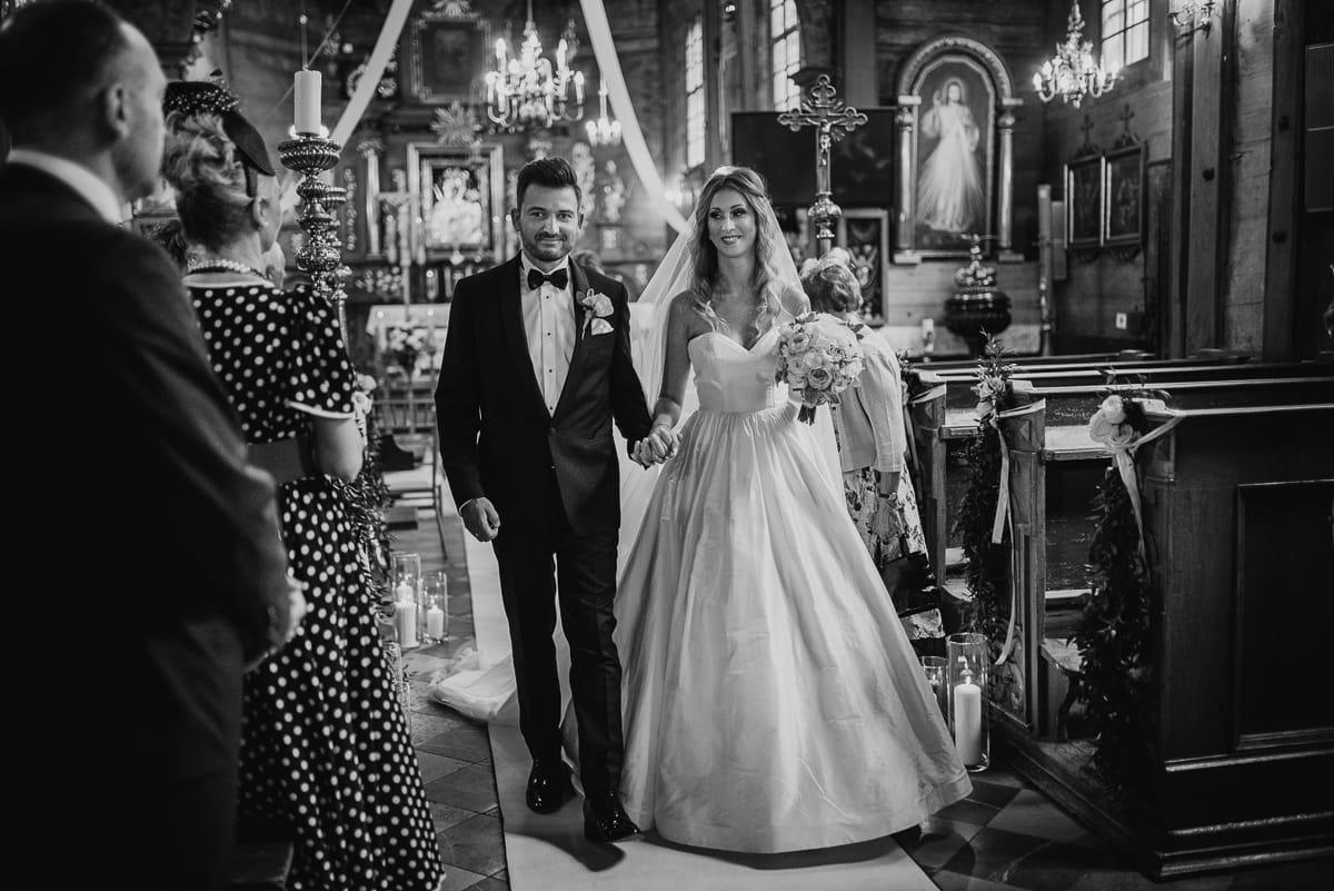 wyjście z kościoła ślub w krakowie
