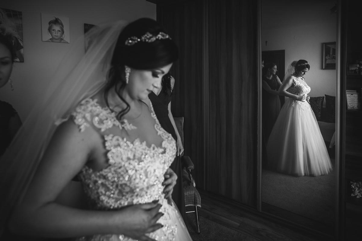 przygotowania panny młodej przed weselem w Dworku Brzezna Nowy Sącz