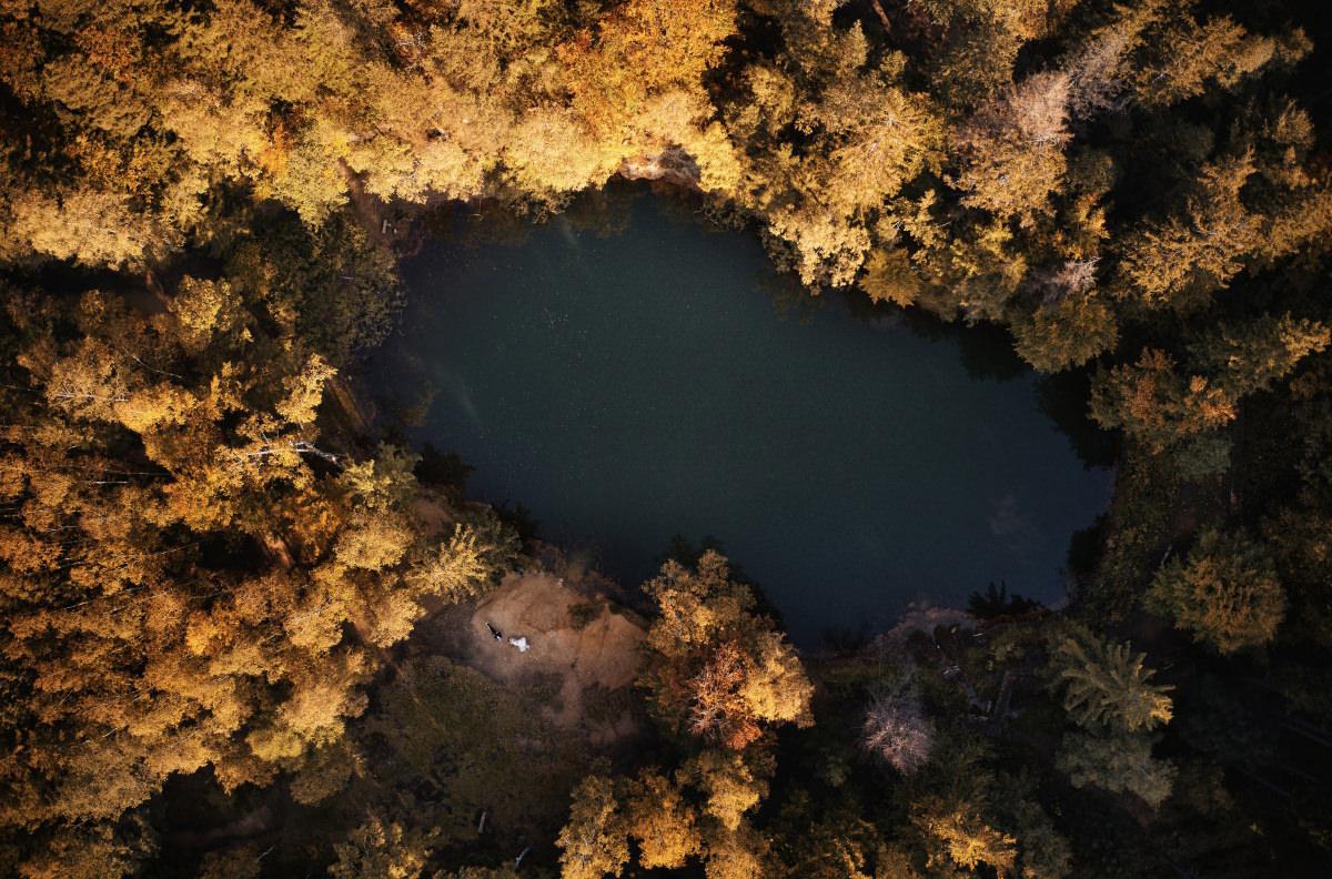 kolorowe jeziorka z drona