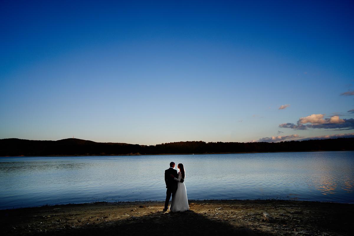 wieczorna sesja nad jeziorem solińskim