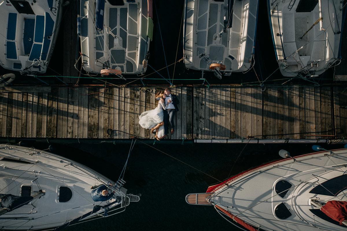 zdjęcia ślubne z drona w porcie