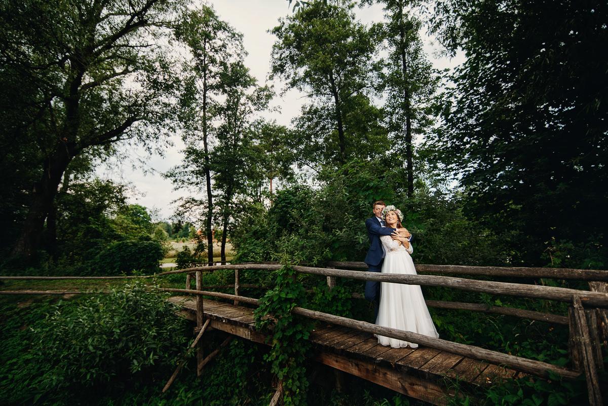zdjęcia ślubne na moscie w kolbuszowej