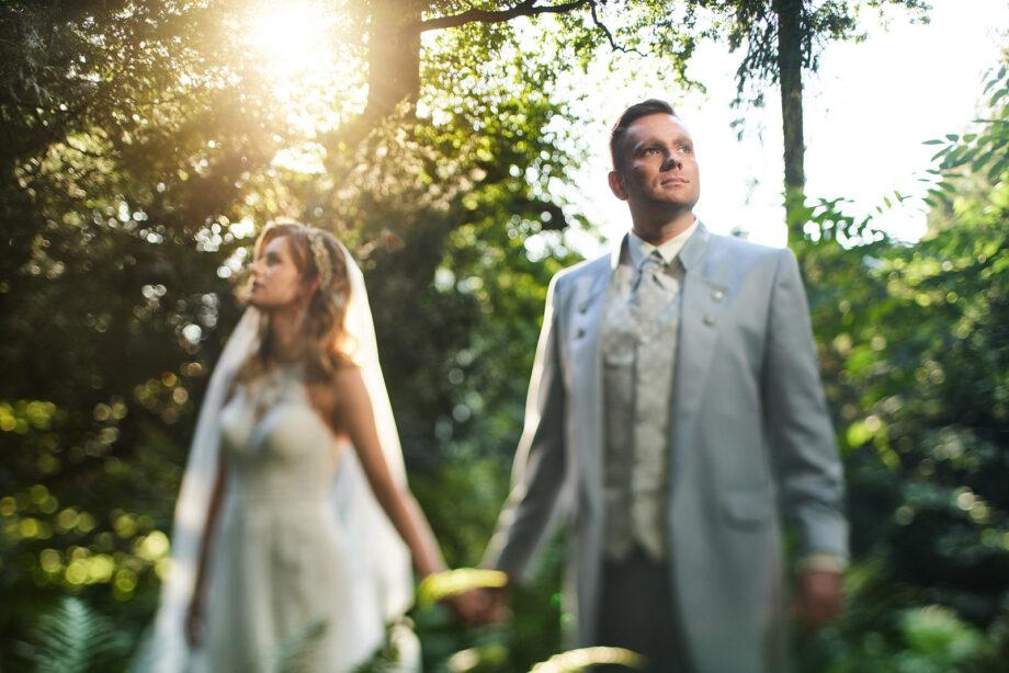 fotografia ślubna w parku w krasiczynie niedaleko przemyśla