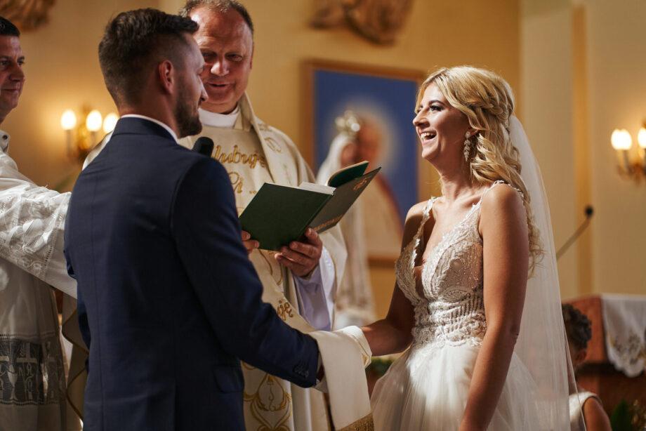 zdjęcia ślubne w przemyślu - fotograf ślubny przemyśl